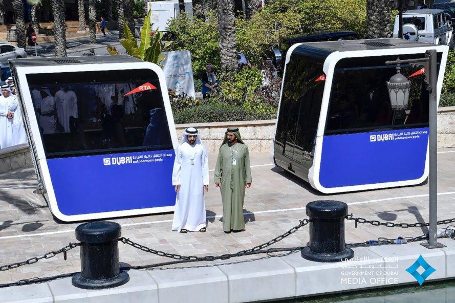 Dubai-Autonomous-Pods-889x592